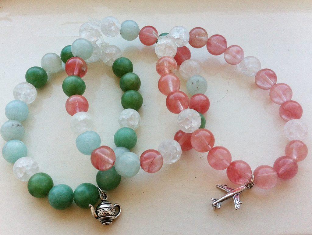 diy bracelets 5 easy steps for making bead bracelets. Black Bedroom Furniture Sets. Home Design Ideas